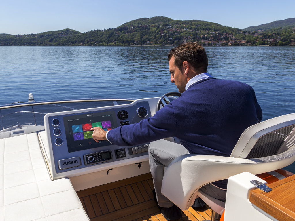 Axiom XL – Öppen cockpit | Raymarine - A Brand by FLIR